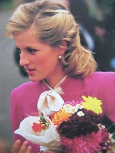 November 13, 1984: Princess Diana on a walkabout during her visit to the Family…