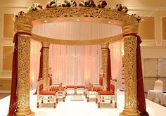 Creative and innovative wedding event.Translating your style,seamless weddings that reflect your personality. http://bit.ly/1Ud96TA