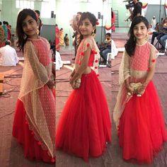 Kids Indian Wear, Kids Ethnic Wear, Little Girl Fashion, Kids Fashion, Fashion Ideas, Little Girl Dresses, Girls Dresses, Baby Dresses, Kids Frocks Design