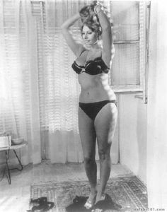 It's amazing how much the standards for women have changed.  This is real beauty.      -sophia loren