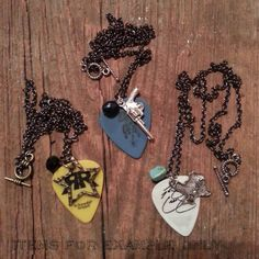 Guitar pick necklaces? Cute, fun, stylish, and totally possible with some string and cheap picks!