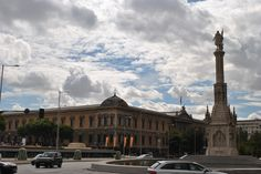 Pongamos que hablo de Madrid http://fustaiferro.wordpress.com/ www.fustaiferro.com