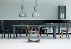 Dining / Kitchen tables: Gray 33 by Gervasoni at STYLEPARK