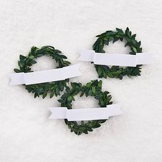 Set of 3 Easily personalize your gifts this holiday with our set of three wreath and banner gift topper. Each pack contains three miniature wreathes with adhesive card stock banners. Christmas Gift Wrapping, Christmas Diy, Christmas Decorations, Office Holiday Party, Holiday Parties, Diy Craft Projects, Diy Crafts, Paper Source, Holiday Crafts