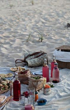 Beach Picnic - could be done on Boca grand - the sand is packed well ... Hmmmm .... Thinking of a weekend getaway at the Gasp Inn