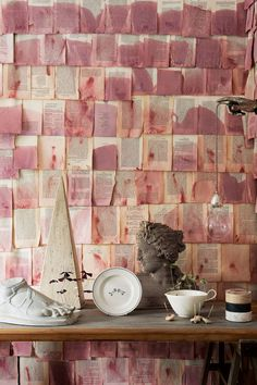 Discover our fabric and wallpaper ideas on HOUSE - design, food and travel by House & Garden, including these eclectic displays using everyday items. Decoration Inspiration, Design Inspiration, Design Ideas, Instalation Art, Old Book Pages, Fabric Wallpaper, Wallpaper Ideas, Wallpaper Uk, Objet D'art