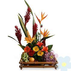 Arreglo con Frutas Exotico Fruit Flowers, Exotic Flowers, Fruit Arrangements, Flower Arrangement, Arte Floral, Floral Bouquets, Ikebana, Festival Party, Floral Design