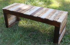 DIY Pallet Outdoor Bench