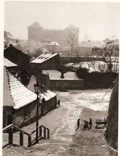 Winter Prague by J.Lauschmann, New World 1935 Heart Of Europe, World View, Old Paintings, Street Photo, Photomontage, More Pictures, Vintage Photography, Czech Republic, Historical Photos