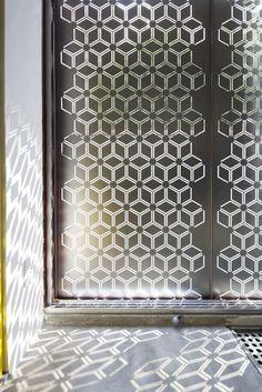 #geometric screen patterns