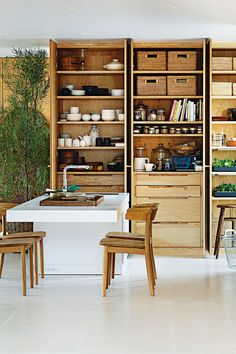 Create storage out of load-bearing elements and lose those pesky walls. Japanese architect Shigeru Ban is pioneering this ingenious hack on the traditional post-and-beam home. Shigeru Ban, Small Space Living, Tiny Living, Home And Living, Living Spaces, Casa Muji, Maison Muji, Muji Home, Prefabricated Houses