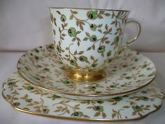 Art-Deco-Tuscan-Plant-Chintz-Trio-Cup-Saucer-Side-Plate-Pat-No-2246A