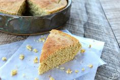 The BEST Clean Eating Maple Cornbread   Who says comfort food can't be healthy? This sweet yet savory and easy recipe is both gluten free and delicious. A homemade, low carb, and 21 Day Fix approved side dish for chili or soup. Oatmeal replaces white flour, plain Greek yogurt in place of oil, and maple syrup instead of white sugar. We have also tried it with whole wheat flour and it was amazing!