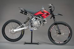 Have a spare XR50/pit bike engine and parts lying around and an old mountain bike collecting cobwebs in your garage? Spend your weekend turning them into a fun, efficient way of getting around town with a Motoped ($1,000) conversion kit....
