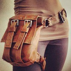 Explorer TAN Hip Bag