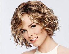 Curly Hair Cuts, Short Hair Cuts, Curly Hair Styles, Wavy Bob Hairstyles, Curly Bob Haircuts, Hairstyle Short, Latest Hairstyles, Lob Haircut, Short Wavy