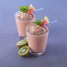 Watermelon Kiwi Smoothie. Watermelon Kiwi Smoothie    2 cups seedless watermelon chunks  2 kiwis, peeled and diced  2 cups vanilla yogurt  1 cup ice    Sprigs of fresh mint for garnish (optional)    Place ingredients in a blender and puree until smooth. Pour into 2 glasses and garnish with a sprig of fresh mint.    Makes about 4 cups (1 L).