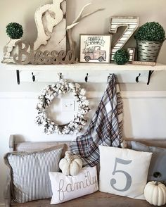 Hope everyone is having a great Saturday! I decided to restyle my entry shelf this morning. A little more fall like! I found that cute little farm fresh truck sign at Hobby Lobby! Have a wonderful weekend! #mysaturdayvignette #simplelivingsaturday #saturdaysignlove #styledsaturdaysigns #repeatantiques #saturdayshelfie #farmhousepickins #iloveoldstuffsaturday #sweetteanjunk #farmhousevintage #freshideafridays #chippylicious