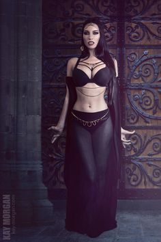goth Vampires in the Seraglio Mode Steampunk, Gothic Steampunk, Steampunk Clothing, Victorian Gothic, Gothic Lolita, Goth Beauty, Dark Beauty, Fantasy Women, Fantasy Girl