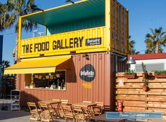 The Food Gallery Bonaire: Pop Up street food en Valencia - Easy Ethnic Recipes Container Shop, Container Design, Container Houses, Rooftop Restaurant, Restaurant Design, Shipping Container Restaurant, Shipping Containers, Helsinki, Shipping Container Conversions