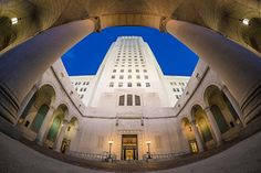 Los Angeles City Hall is an Art Deco masterpiece inside and out. It's one of the stops on my 1-day #DTLA walking itinerary (link in bio) #losangeles #socal #visitcalifornia by Tom.Bricker