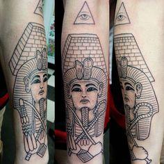 #egyptian #egypt #tutankhamen #pharoah #pyramid #dotwork #pointillism #thirdeye…