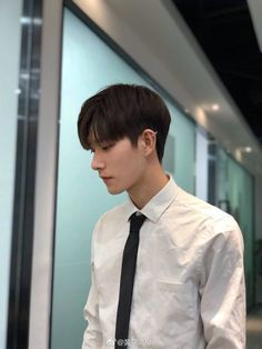 Hot Korean Guys, Korean Boys Ulzzang, Ulzzang Boy, Korea Boy, Boy Images, Handsome Anime Guys, Chinese Boy, Hottest Models, Hot Boys