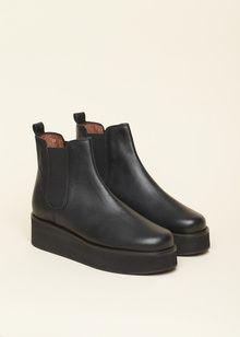 Shoes | B56