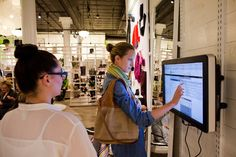 Shopping Sites Open Brick-and-Mortar Stores - NYTimes.com