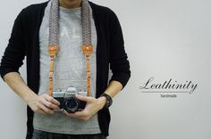 Leathinity - leder camerariem van de hals (lengte verstelbaar)