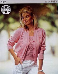 3f0101429459 Vintage   retro Sirdar knitting pattern 6692 ladies 4ply cardigan   top  twinset  Sirdar