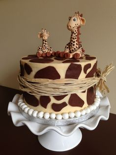 Giraffe cake - Cake by For Goodness Cake! Pretty Cakes, Cute Cakes, Beautiful Cakes, Amazing Cakes, Giraffe Cakes, Safari Cakes, Giraffe Birthday Cakes, Giraffe Party, Cake Cookies