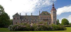 Frijsenborg Slot og gods ved Hammel, 23 km nordvest for Aarhus