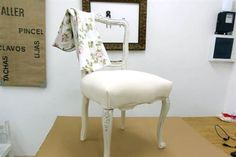 Cool Furniture, Painted Furniture, Vintage Shabby Chic, Accent Chairs, Upholstery, Dining Chairs, Room, Home Decor, Ideas