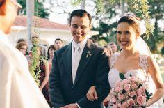 Fotografia e Filmagem: Cliv Produções | Decoração: Cest si Bon | Vestido Noiva: Guilherme Duque Ateliê | Buffet e Bartenders: Artesanal Buffet #guianoiva #noiva #casamento #campo