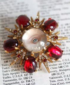 The Anne Boleyn brooch