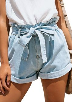 What's New // Get that perfect summer look as you choose to wear this light blue high-waist belted denim shorts. What's New // Get that perfect summer look as you choose to wear this light blue high-waist belted denim shorts. Cute Summer Outfits, Short Outfits, Spring Outfits, Trendy Outfits, Fashion Outfits, Summer Shorts, Fashion Styles, Fashion Shorts, Summer Wear