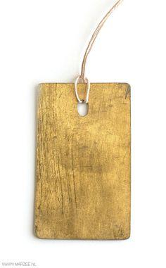 Helena Lehtinen ~Family: pendant, 2012, brass, gold leaf | MARZEE.nl
