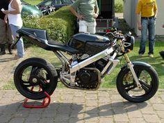 Honda Hawk