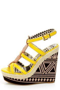 Jessica Simpson Ginny Daffodil T-Strap Platform Wedge Sandals