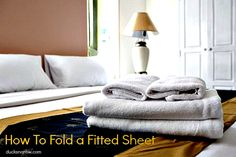How to fold a fitted sheet #tips