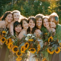 Love the face to face pose...and look at those luscious summer bouquets!!!