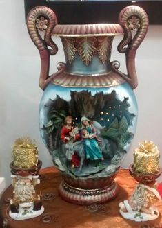 Catalogo de figuras Yesos y Figuras Ceramic Bisque, Vintage Dolls, Nativity, Diy And Crafts, Pottery, Angeles, Ideas, Toddler Boy Birthday, Teapot