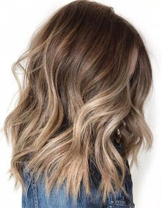 Wonderful brown hair tones for medium hair, ., Wonderful brown hair tones for medium hair, Brown Hair Color Shades, Brown Hair Colors, Brown Hair Inspo, Medium Hair Styles, Short Hair Styles, Curled Hairstyles For Medium Hair, Wavy Hair, Brown Blonde Hair, Medium Brown Hair With Highlights