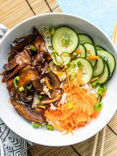 Gochujang Mushroom Bowls feature sweet and spicy marinated mushrooms, quick pickled cucumbers, crunchy carrots, and fragrant jasmine rice. Spicy Recipes, Asian Recipes, Vegetarian Recipes, Cooking Recipes, Healthy Recipes, Ethnic Recipes, Healthy Dishes, Marinated Mushrooms, Stuffed Mushrooms