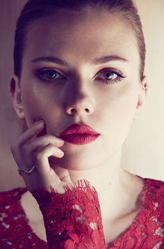 Scarlett Johansson + Info sobre nuestro CURSO: http://curso-maquillaje.es/msite-nude/index.php?PinCMO