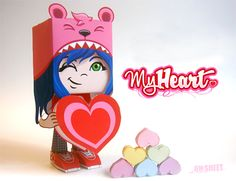 Paperized: My Heart Paper Toy