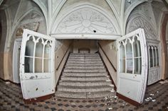 Abandoned historic hospital in Dolny Slask region (Poland) !