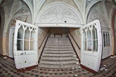 Abandoned historic hospital in Dolny Slask region (Poland) !