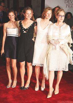 "The Gummer girls: Louisa, Grace, Mamie and Meryl attending ""The Devil Wears Prada"" Premiere ~ 2006"